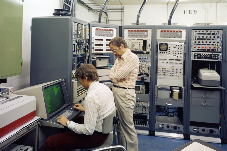nuclear spectroscopy,ISOLDE,SC