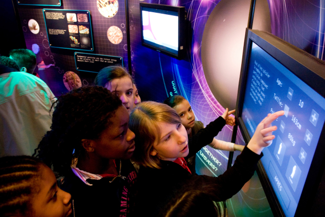 CERN's flagship travelling exhibition goes to India