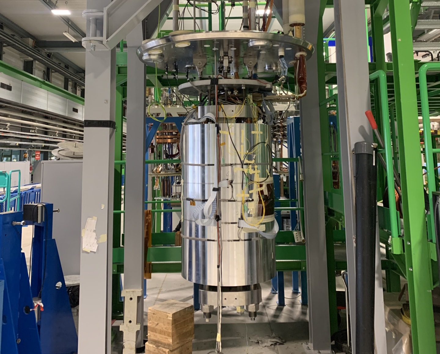 eRMC demonstrator magnet being inserted in a cryostat before tests