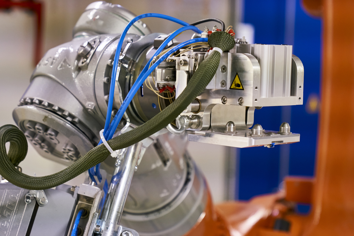 MEDICIS robot isotope production for medical research