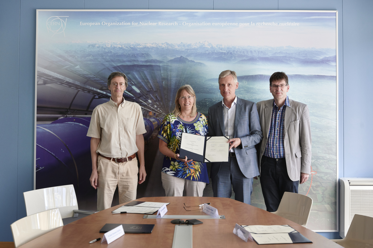 Ceremony CERN-APPEC signature of Agreement