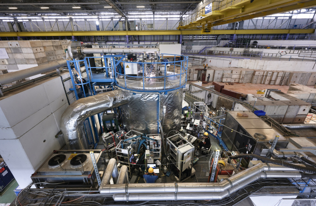 The CLOUD experiment gettig ready for a new cosmic run