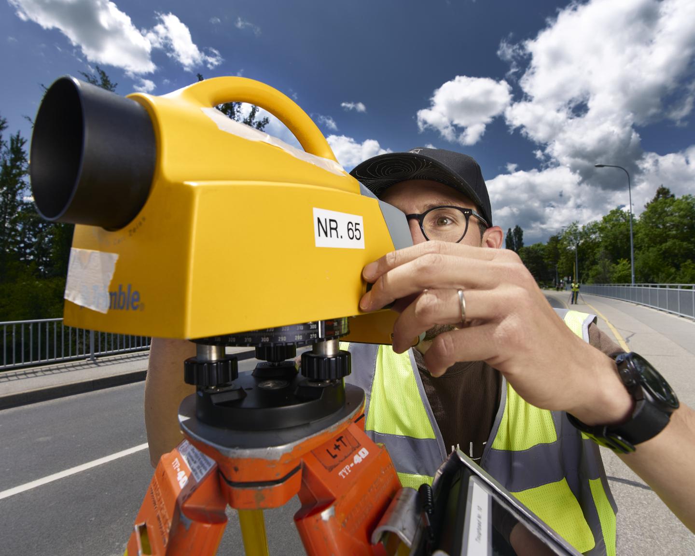 FCC surveyor measurements in Certoux