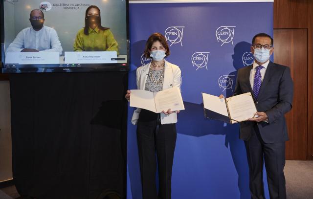La Lettonie devient État membre associé du CERN